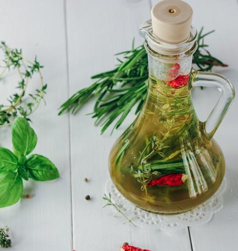 Maslinovo ulje sa začinskim biljem