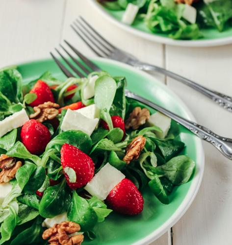 Salata s jagodama