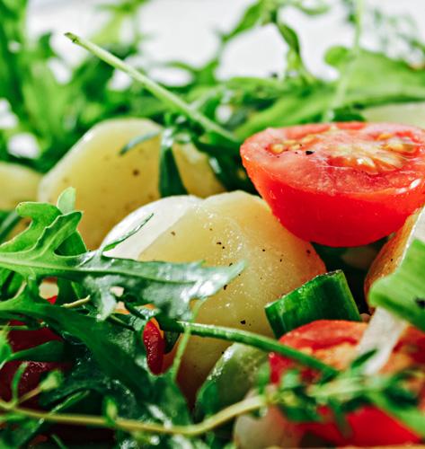 Salata s krumpirom i bobom