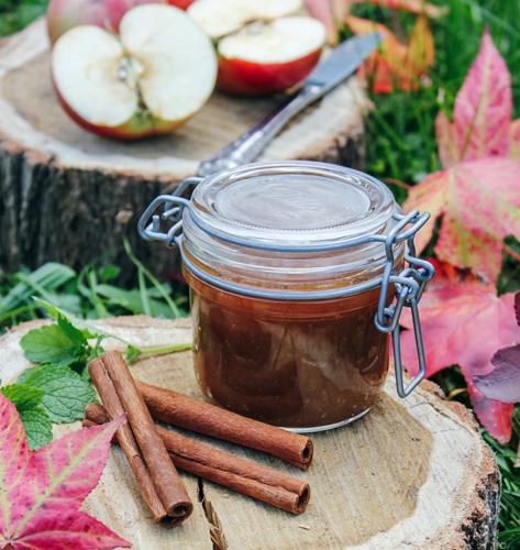 Marmelada/žele od jabuka s metvicom