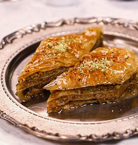 Baklava s orasima i pistacijima
